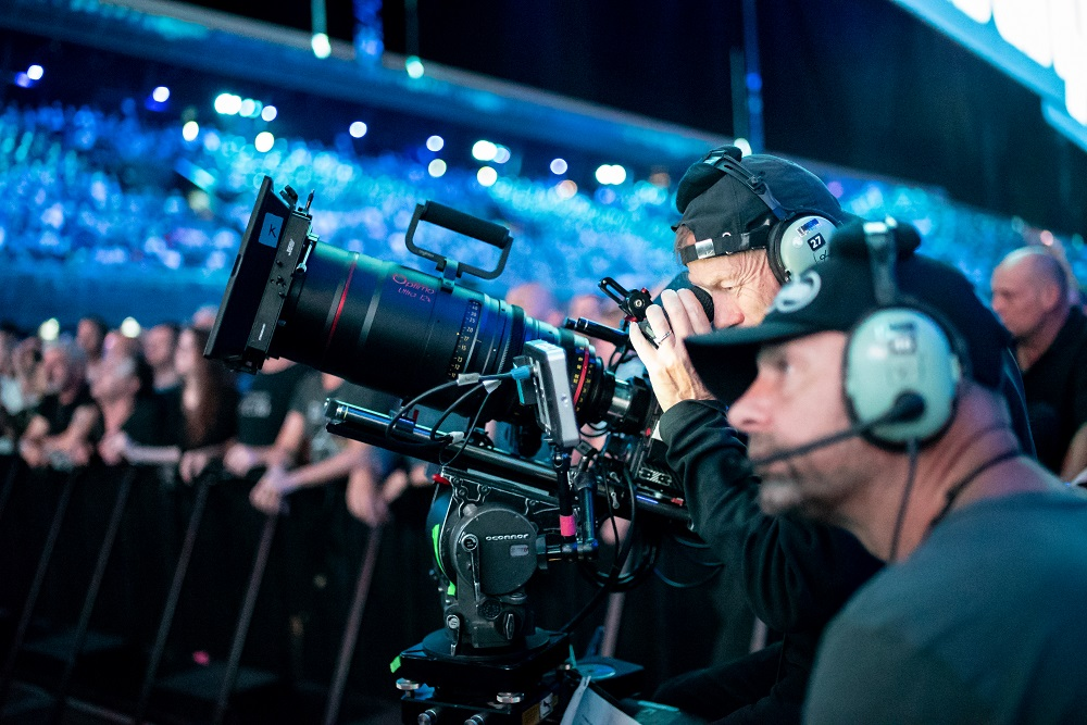 Optimo zoom lenses for Roger Waters